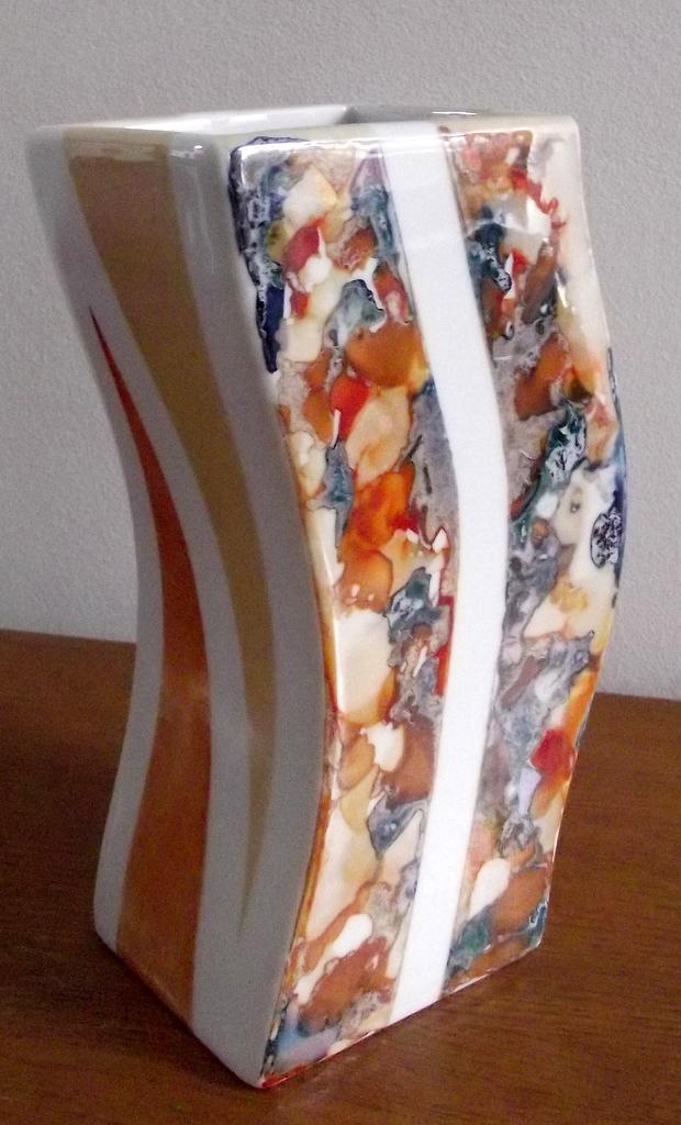 Peinture sur porcelaine iacca for Peindre sur de la peinture